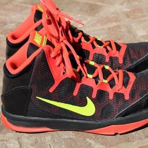 Nike Air without a Doubt Boys Basketball Shoes